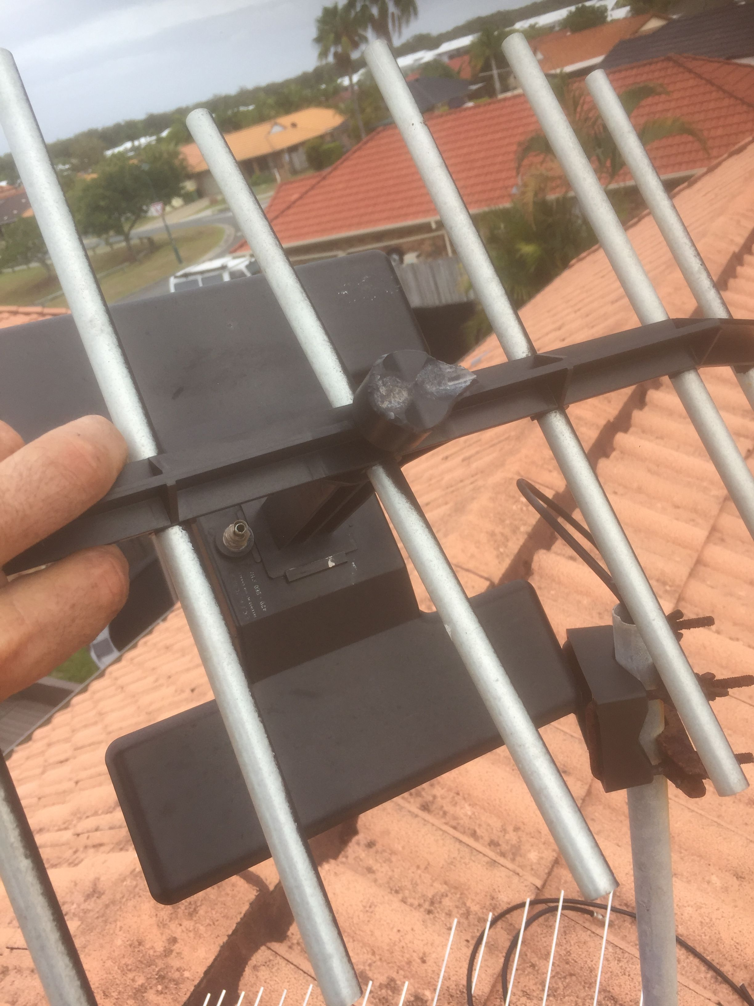 So If You Are Looking For Quick Efficient Antenna Point Installation In Brisbane Look No Further We Ll First Check The In 2020 Installation Digital Tv Tv Antenna