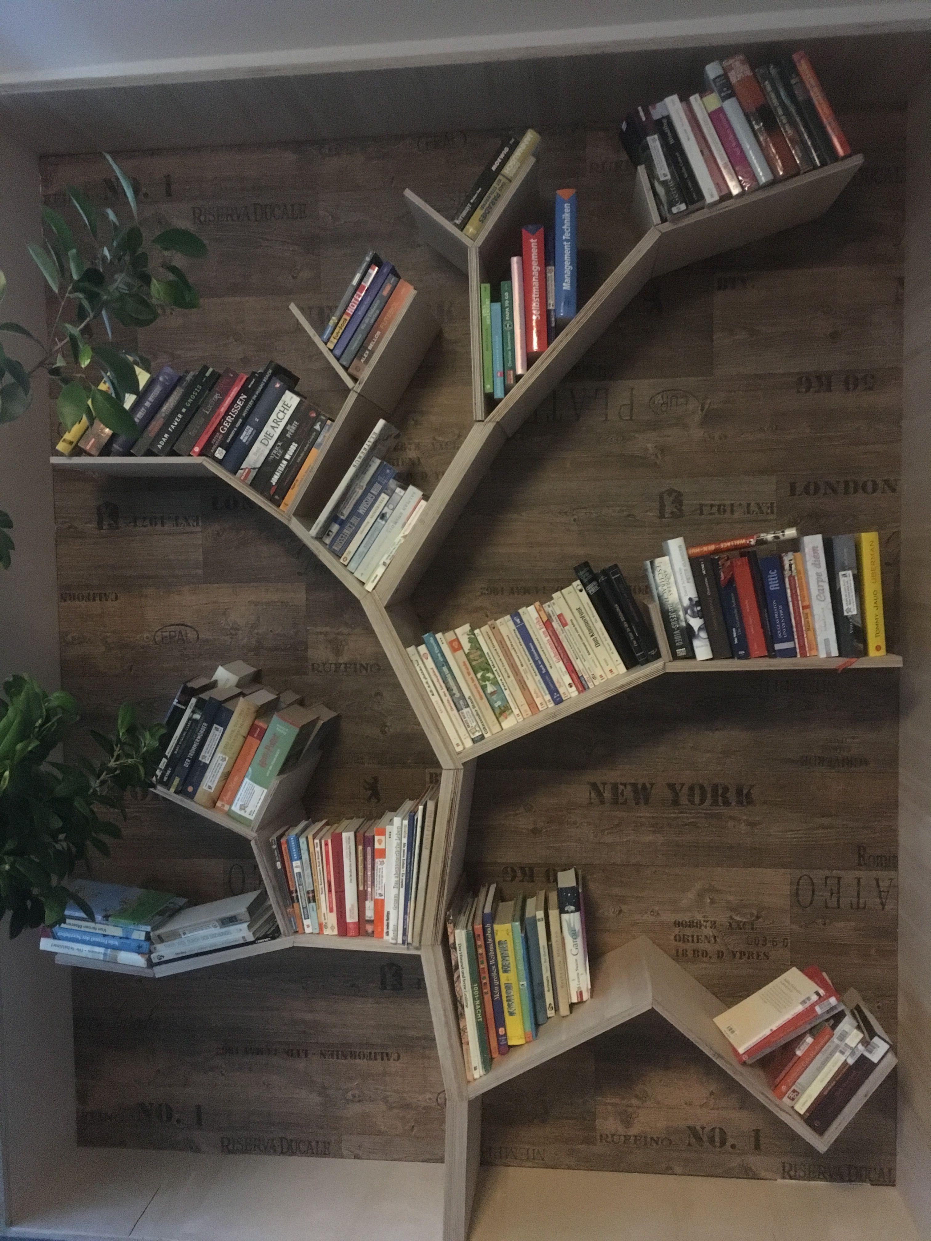 bücherregal als baum #bookshelf #treeshelf #bookcrossing #books #diy