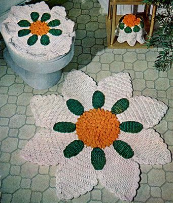Free Crochet Pattern  Bathroom Deluxe Set  from Free Vintage Crochet  I  don t think I ll be making the toilet seat cover  or tp cozy  but I think  the flower. Vintage Bathroom Deluxe Set Pattern   not a fan of the seat