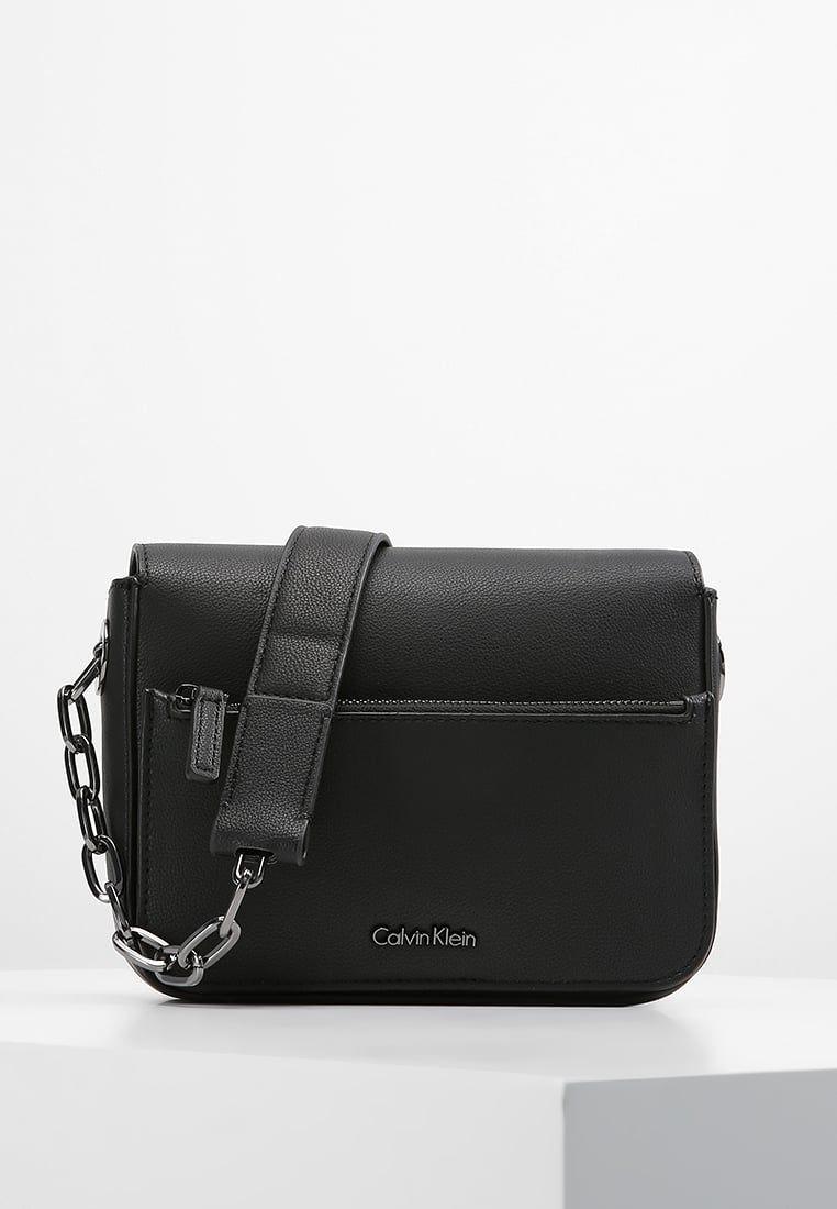 Calvin Klein NIGHT OUT SMALL SHOULDER - Käsilaukku - black - Zalando ... a2aef65952