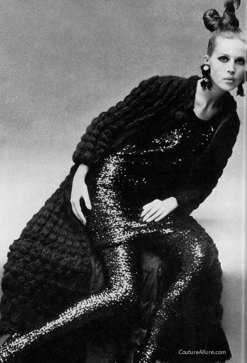 1966 fashion...that knitted long sweater/coat!