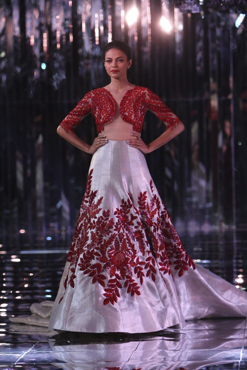 Complete collection manish malhotra at india couture week