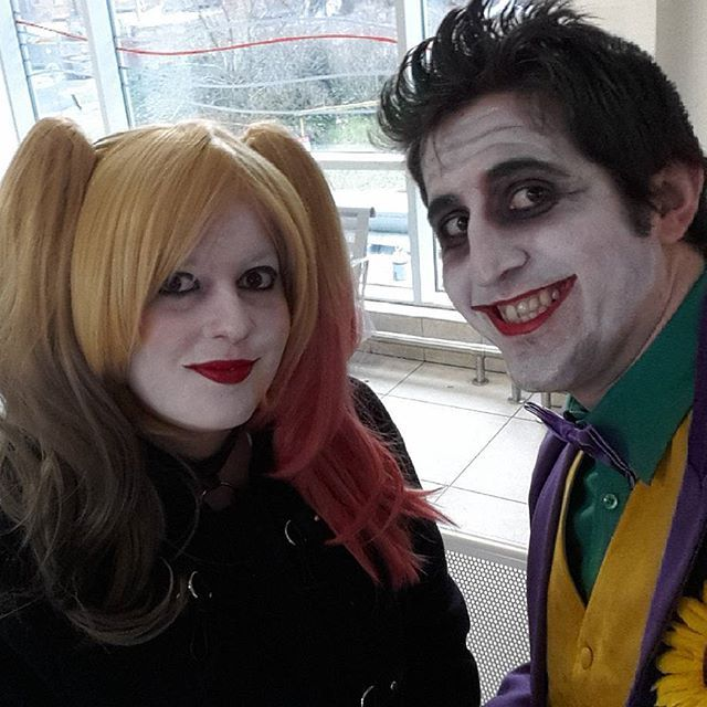 On route to #MCMBirmingham #comiccon.  #thejoker #harleyquinn #jokerharley #harleyjoker #jokercosplay #harleyquinncosplay #harleyquinncosplayer #jokercosplayer #batman #DCComics #cosplayer #cosplaying #cosplay #cosplayers