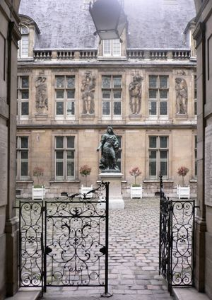 Muses de la chasse et de la nature.  even if you don't like animals, you will love this chic jewel box of a museum located in the marais district of Paris