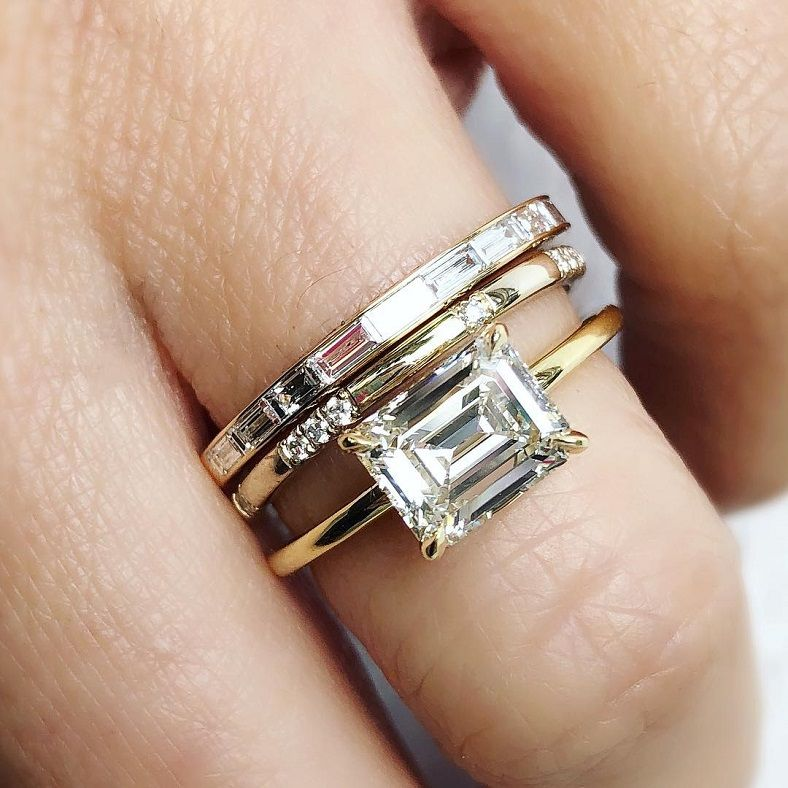 1.40 ct Emerald cut engagement ring
