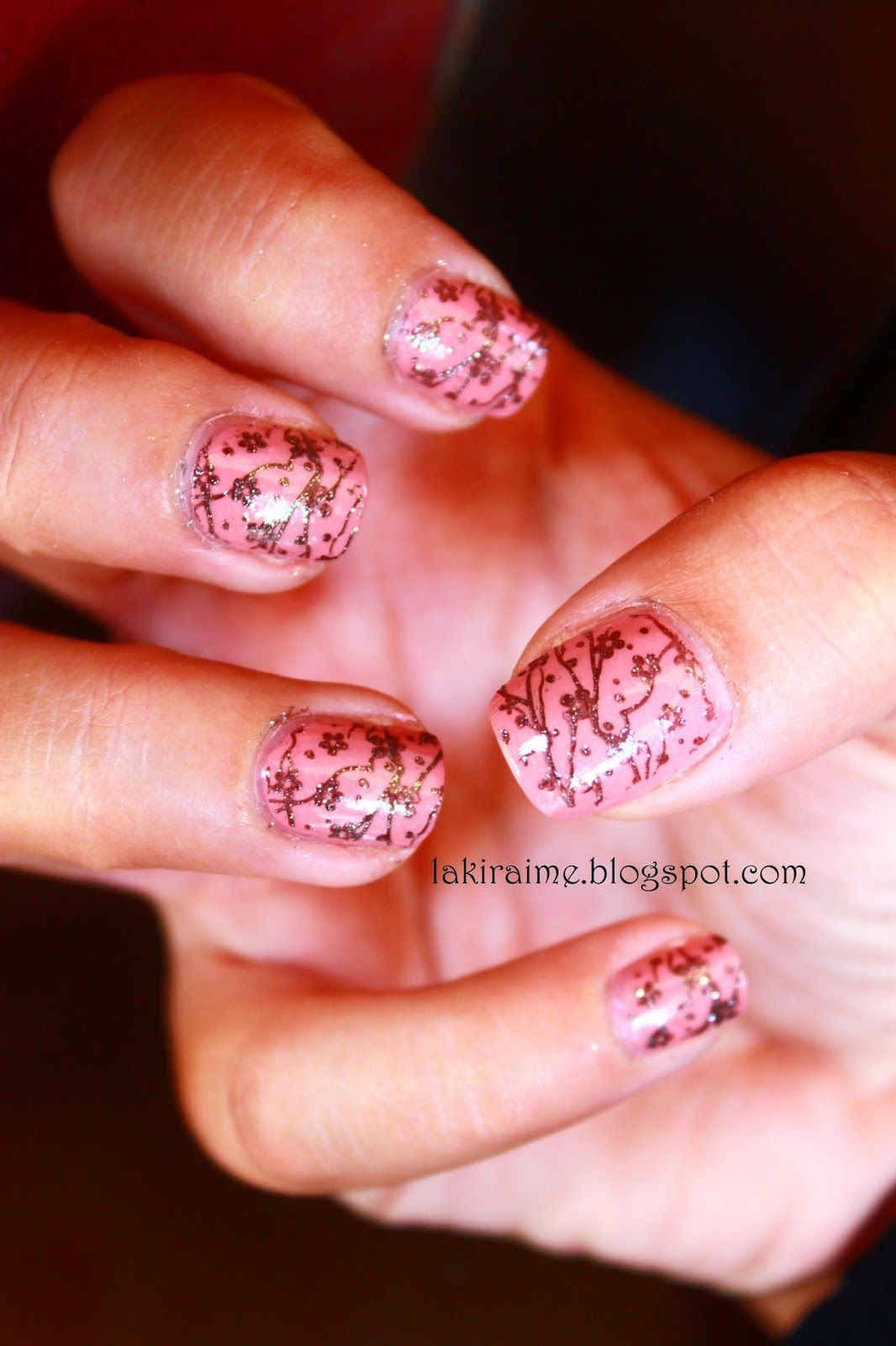 Lakirai Me Grey Flowers In A Pink Garden Nailart Flowers Nails