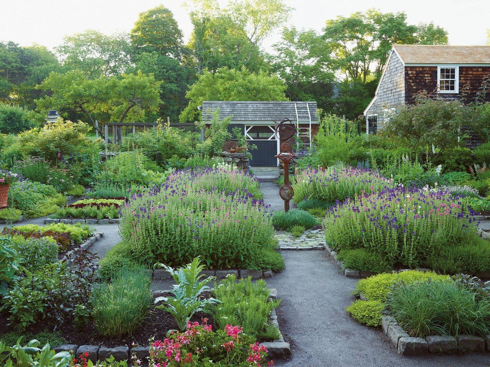A New Book Examines Great American Gardens In 2020 Garden Design