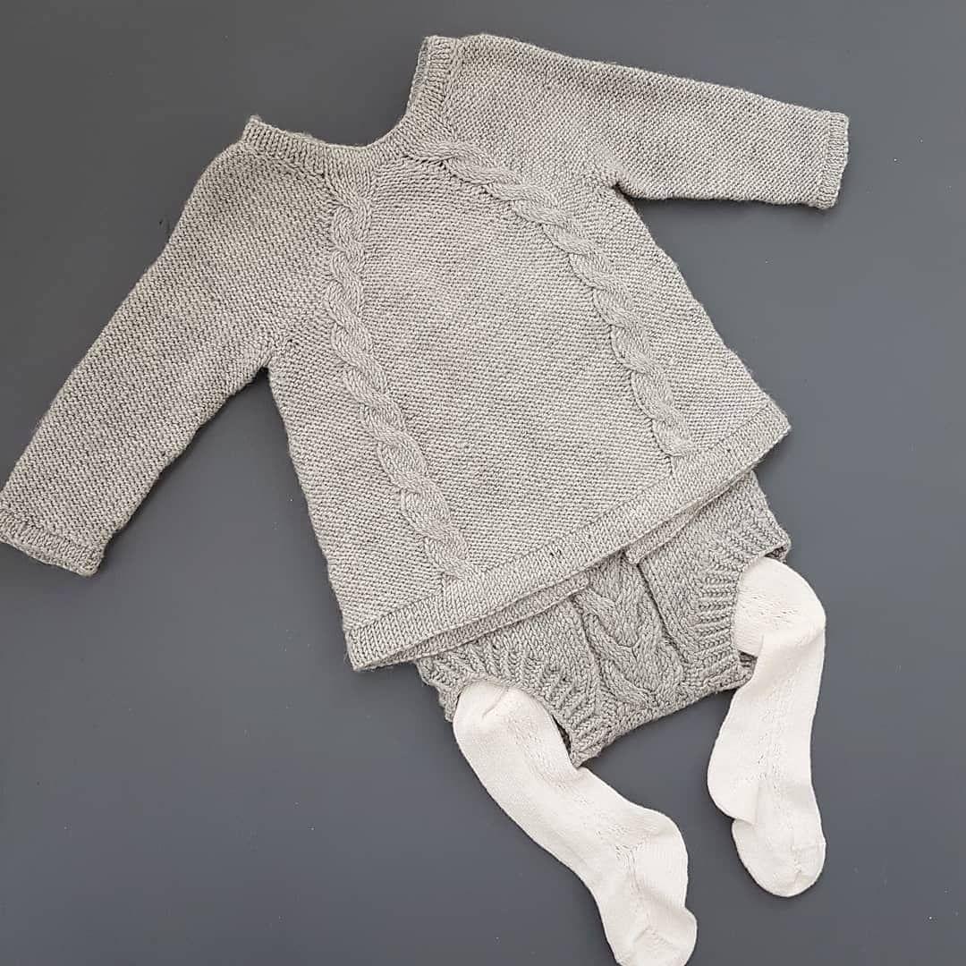 9308aa16 To favoritter fra Ministrikk❤ #ministrikk @ministrikk #tilcharlott  #ministrikkminner #kalinkaromper #knapperbakgenser #knitting_inspiration  #knit #knitting ...