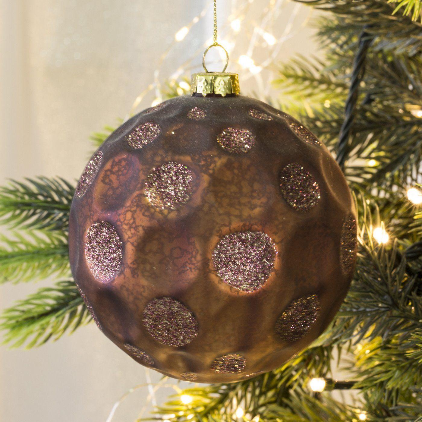 Bombka Szklana Cassimi Wyjatkowa Bombka Szklana Cassimi O Marmurkowej Fakturze W Wytlaczane Grochy Zdobione B Christmas Bulbs Christmas Ornaments Holiday Decor