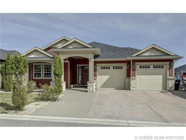 372 Trumpeter Court Kelowna Bc Property Details Find Homes In Kelowna House Styles Home House Plans