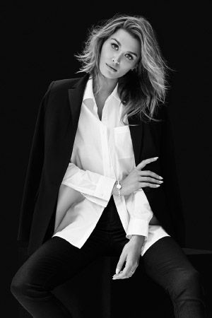 Cheyenne Tozzi supports the White Shirt Campaign with her Witchery White Shirt. 100% of gross proceeds from each shirt sold goes directly to ovarian cancer research.