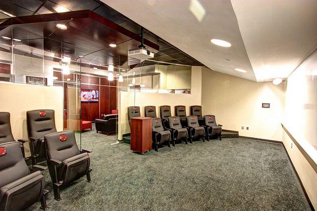 South Carolina Women S Basketball Locker Room Colonial Life Arena Usc Basketball Basketball Game Tickets Indoor Basketball Hoop
