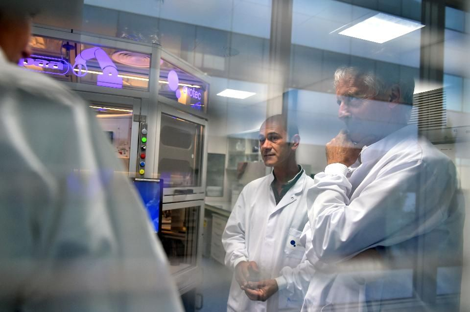 Crystal ball gazing biotech predictions for 2017 class