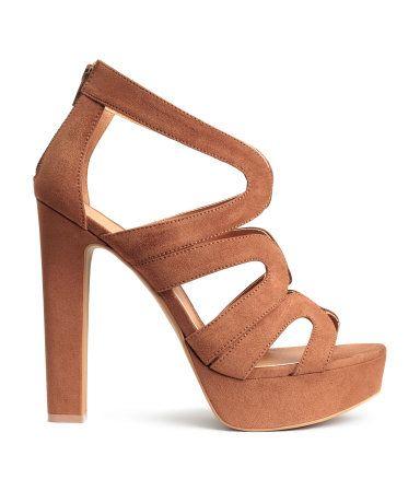0b23aa25 Sandalias de plataforma | Marrón | Mujer | H&M PE | #quiero ...