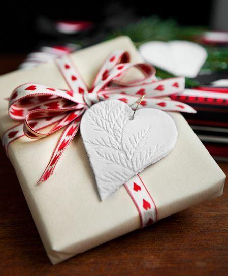 10 ideas para envolver los regalos de navidad10 ideas packaging creative do it yourself christmas gift wrapping ideas i love love love christmas solutioingenieria Images