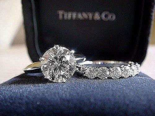 Uzuklər 3w Legend Az əfsanə Olmaq Istəyən Bizimlədi Eurovision 2013 Geyimler Sac Duzumleri Mentiq Aforizmler Animasiya Diamond Ring Jewelry Rings