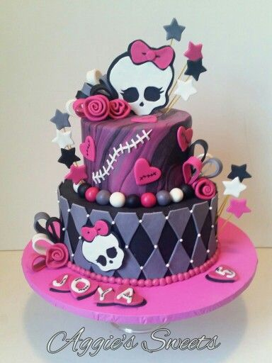 Monster High Birthday Cake Aggies Sweets Pinterest Monster