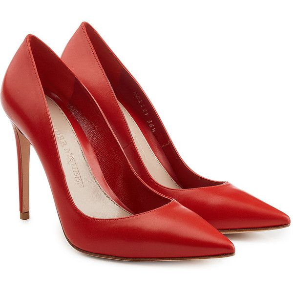 Alexander McQueen Leather Pump (6.140 ARS) ❤ liked on Polyvore featuring shoes, pumps, heels, alexander mcqueen, red, red pumps, leather pumps, red pointy toe pumps, red heel shoes and red heel pumps