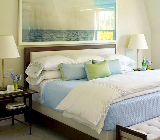Awesome above the bed beach themed decor ideas bed - Above the headboard decorating ...