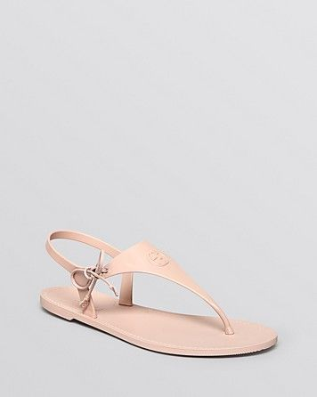 1cef7174cfe9 Gucci Katina Rubber Thong Sandal