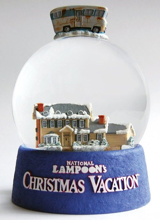"National Lampoons ""Christmas Vacation"" Snow Globe....great"