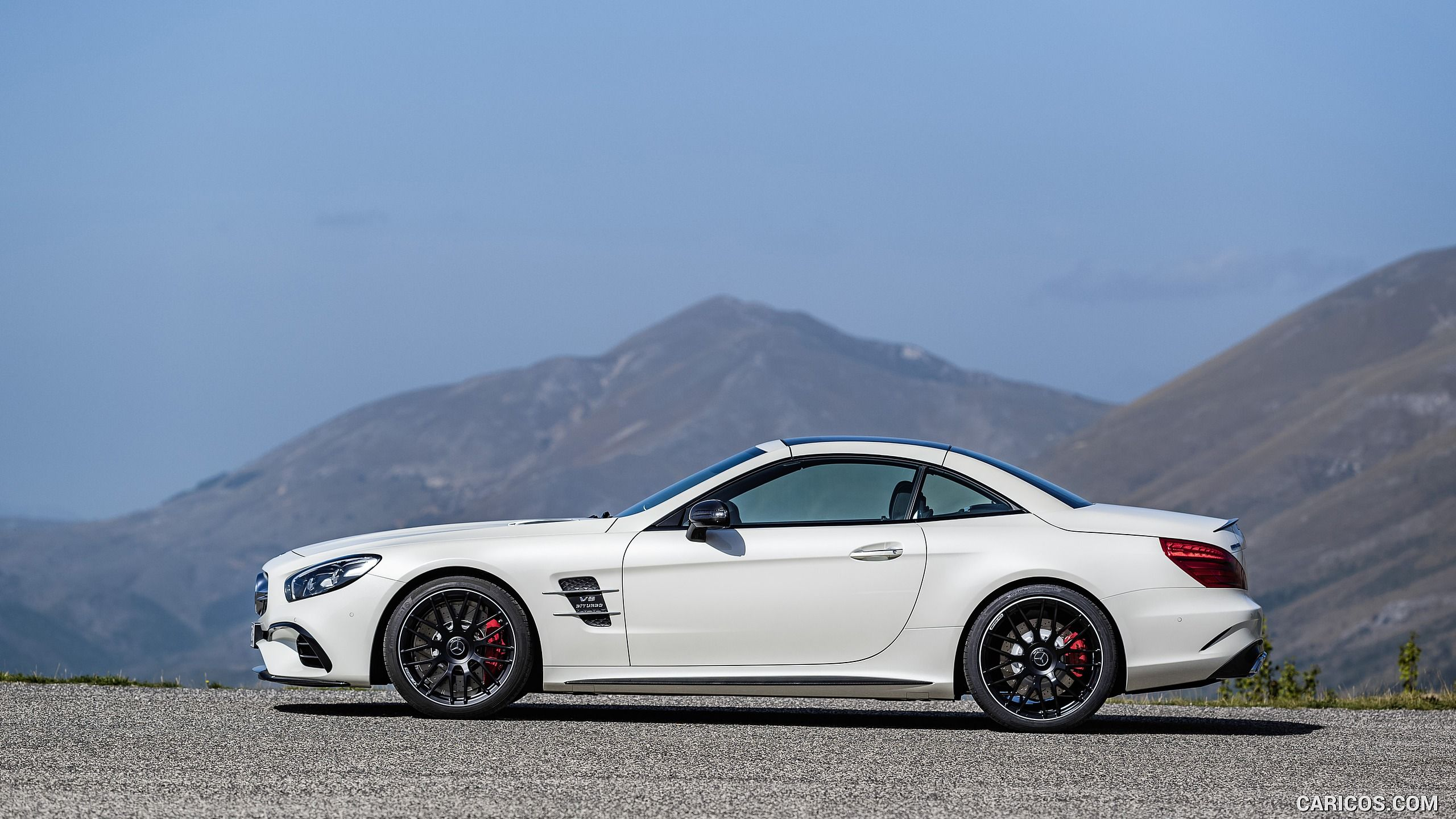 2017 Mercedes AMG SL 63 Wallpaper