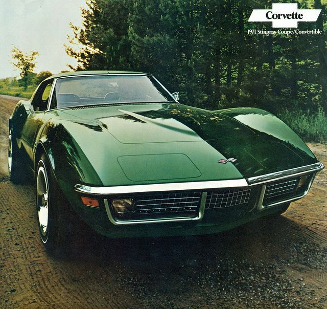 1971 Corvette Stingray Coupe-- this car makes me miss chrome accents. #chevroletvintagecars