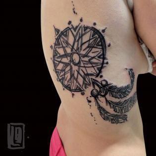dreamcatcher #tattooartists #lucabraidotti #coldstreetudine #alternative #sketchtattoo #abstracttattoo #tattoodesign
