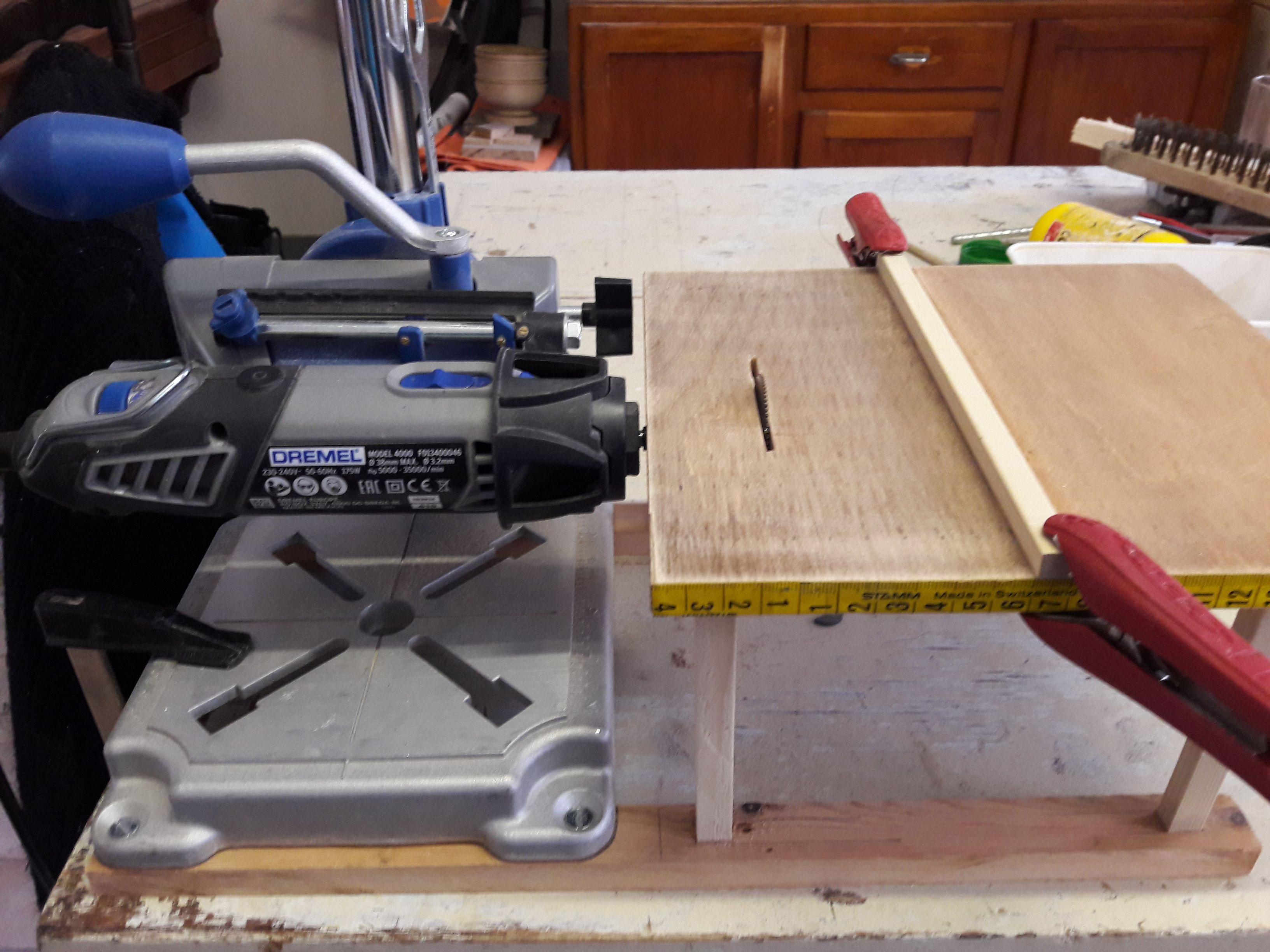 table pour scie circulaire dremel instructions de rotary tool pinterest dremel dremel. Black Bedroom Furniture Sets. Home Design Ideas
