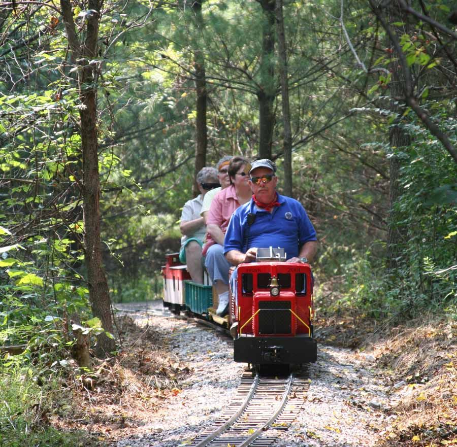 amazon com accucraft trains forney 0 4 4 live steam locomotive 1