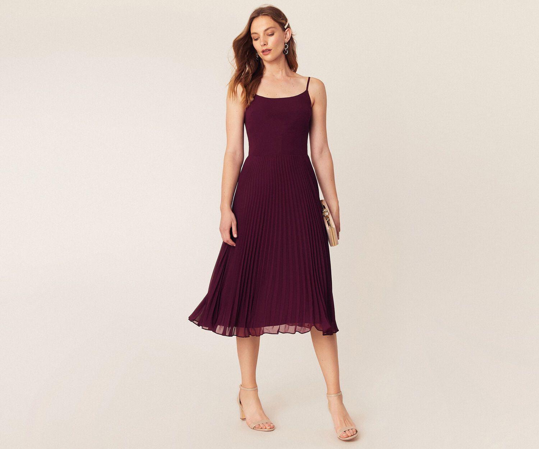 Lace Top Midi Dress In 2019 Burgundy Midi Dress Burgundy Bridesmaid Dresses