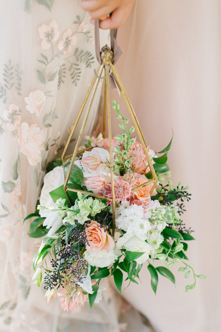 We Re Ohb Sessed With This Yarn Installation Alternative Bouquet