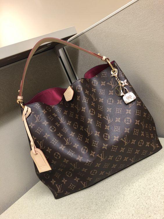 #Louis#Vuitton#Handbags My#fashion style,2018 New LV Collection for Louis Vuitton. #purseslv #louisvuittonhandbags
