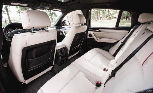 2017 BMW X4   Interior 1
