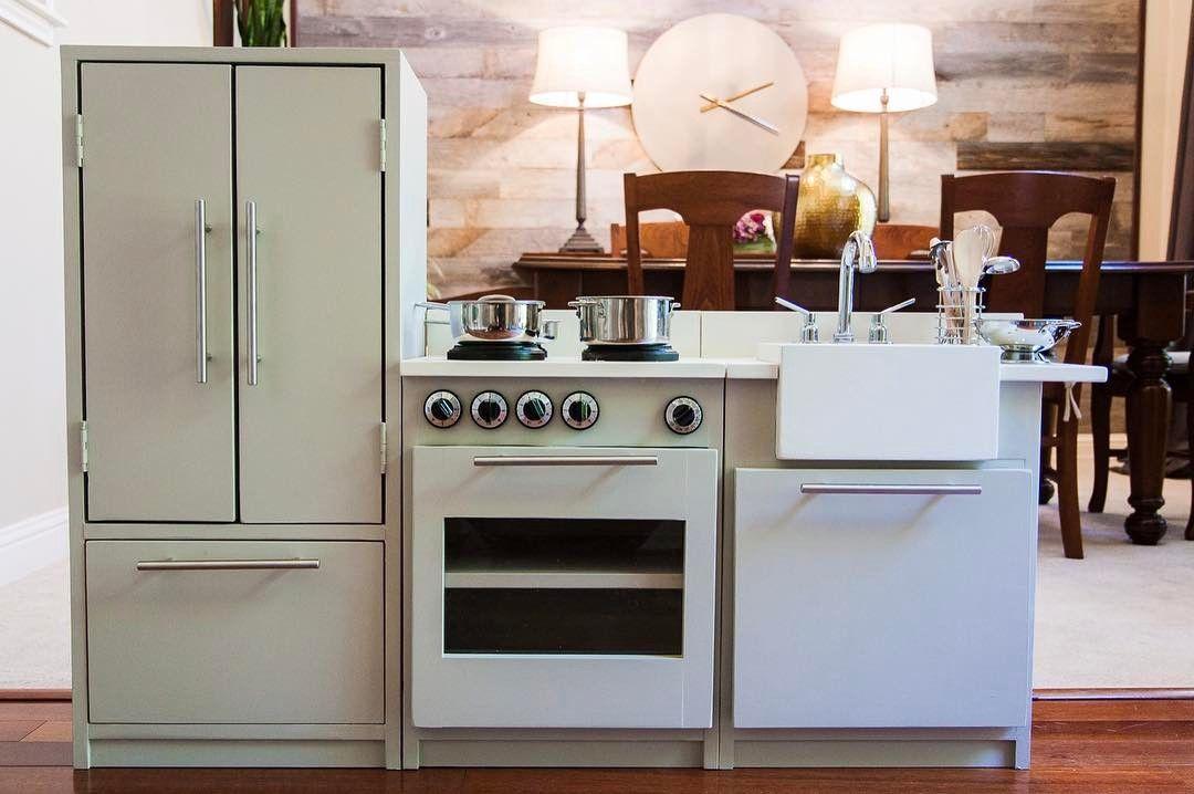 The Dakota House On Instagram: U201cMy Latest Build Is This Play Kitchen For My  Littlestu0027s 4th Birthday. I Modified Plans By @anawhitediy So Her  Refrigerator ...