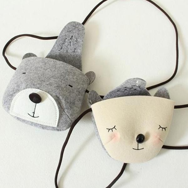 Cute and chic animal bag An essential item for little one's outing, easy to keep small toys or little treasures. Available in 4 designs:Bear (Grey)Bear (Beige)F
