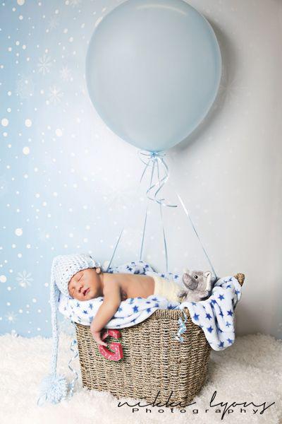 newborn ideas photography photoshoot baby balloon boy cute sleepy