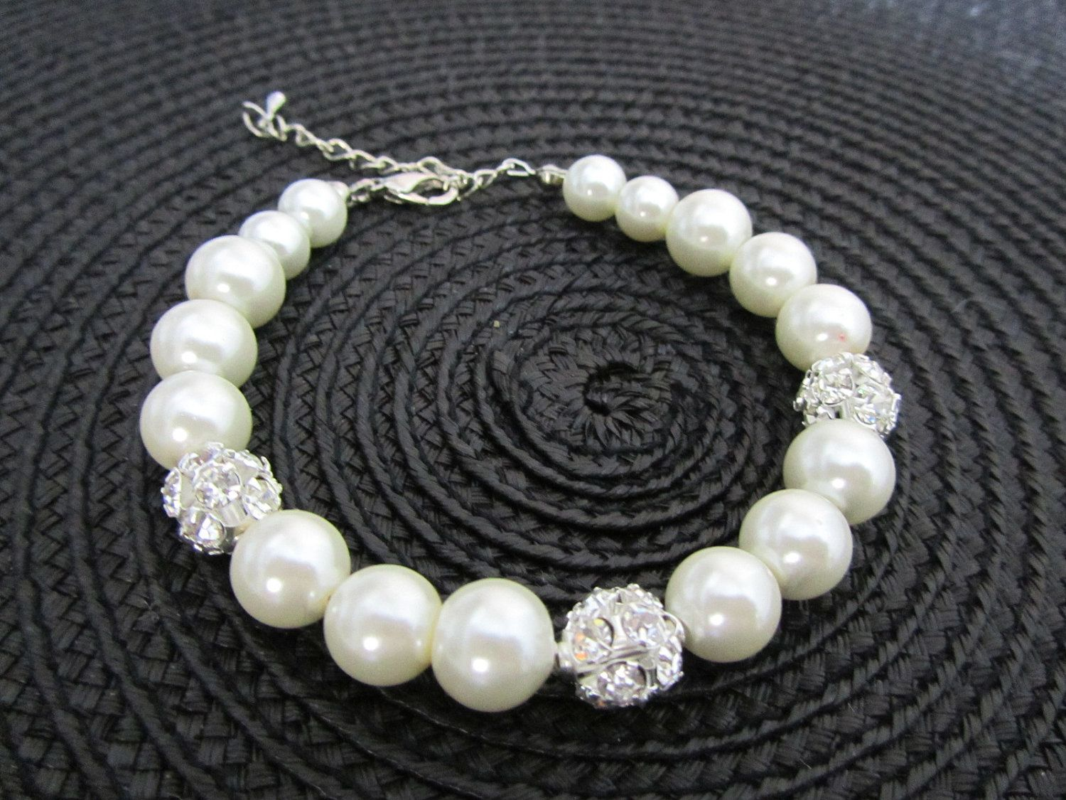 Rhinestone and pearl bracelet
