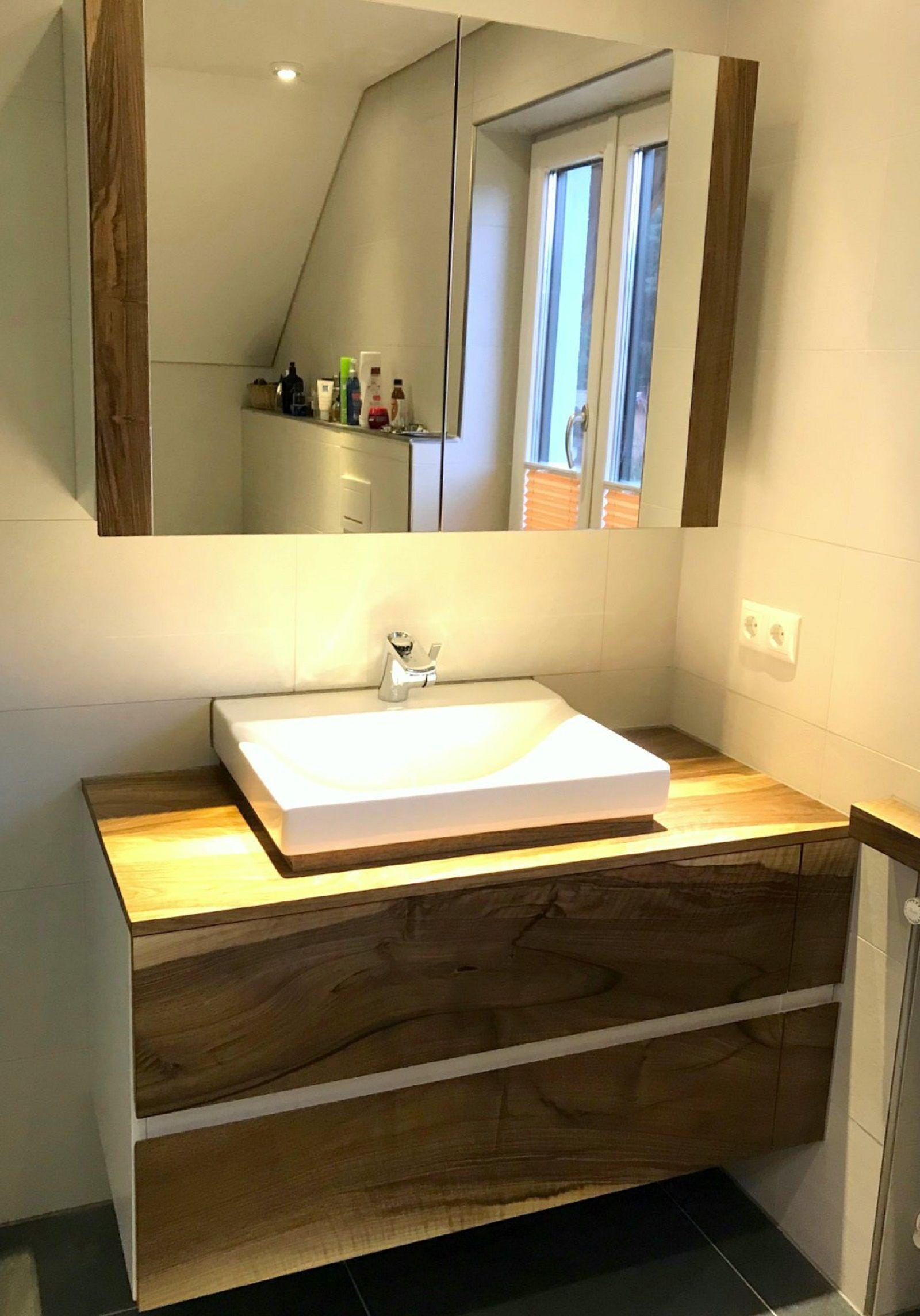 Holz Im Bad Waschtisch Aus Heimischen Nussbaum Mit Aufsatzbecken