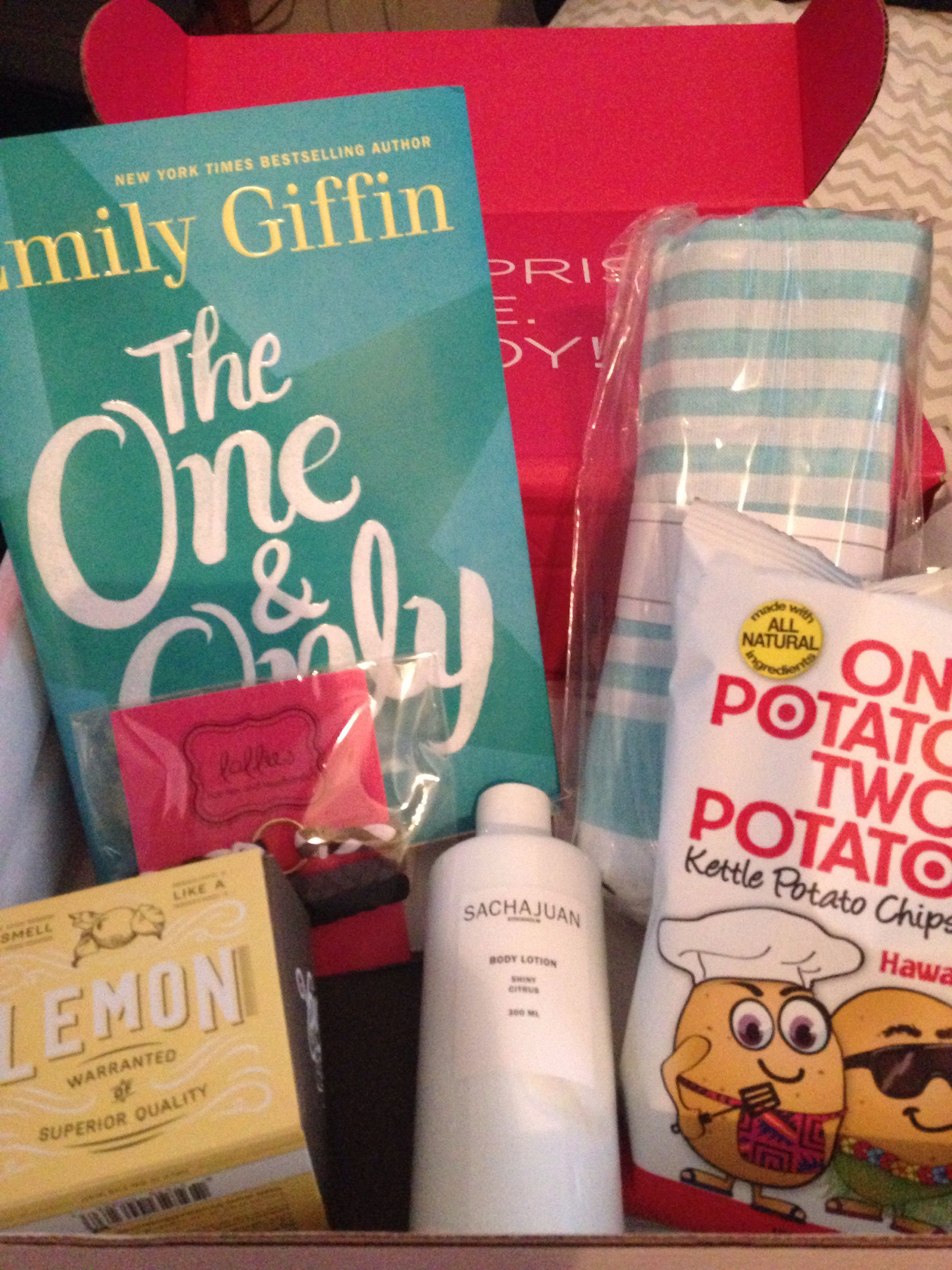 My first Popsugar must have box! (Emily Giffin book, potato chips, sacha Juan body lotion, Lollies headbands, Turkish-t towel, you smell wet wipes)