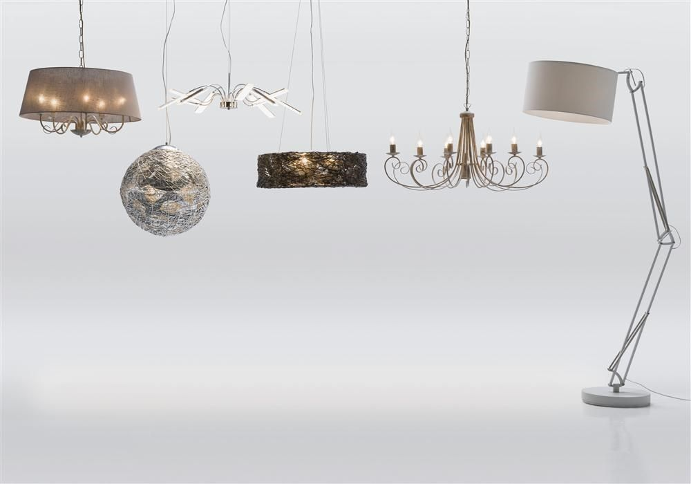Several hanging lamps, Youniq decorations.