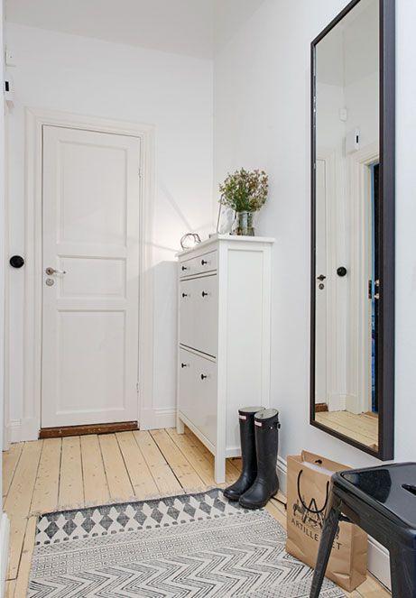 Ikea soluzioni per piccoli ingressi cerca con google for Arredare piccoli ingressi