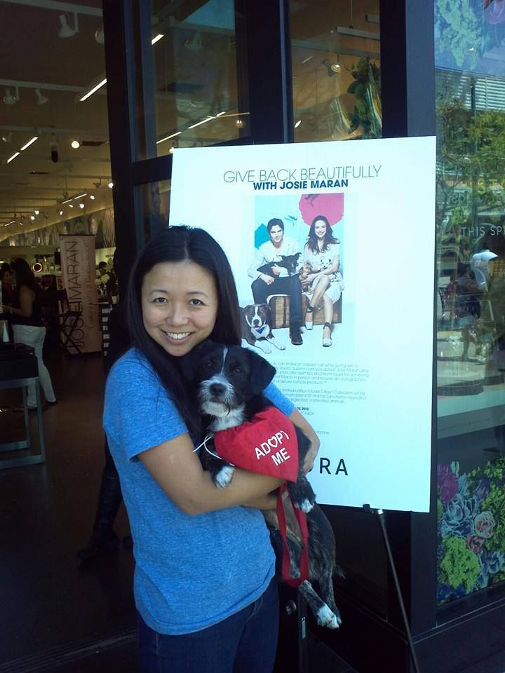 Volunteer Regina hangs out with Loretta Lynn at our special adoption event at the Sephora store on 3rd Street Promenade in Santa Monica.