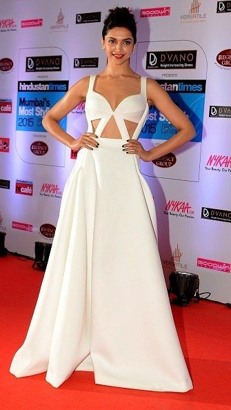 Deepika Padukone | Red carpet dresses, Red carpet looks ...