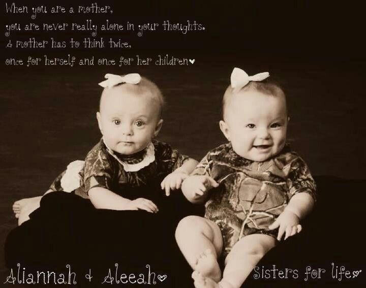 How freaking cute are Ali & Aleeah!