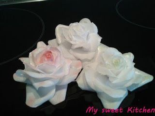 My sweet Kitchen: Rose aus Wafer Paper, gedrahtete Variante