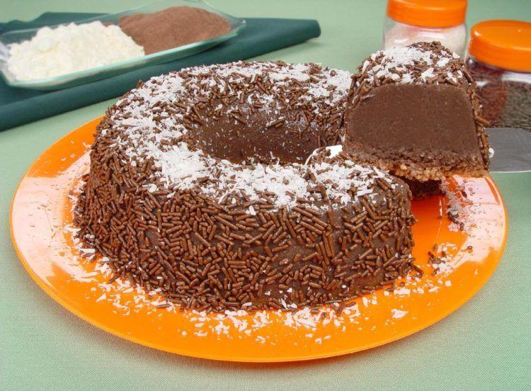 Brigadeirao De Chocolate E Coco Brigadeiro De Chocolate Ideias