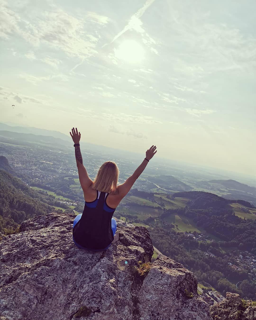 Ziele Nach Dem Mond Selbst Wenn Du Ihn Verfehlst Wirst Du Zwischen Den Sternen Landen Fitness Fitnessmotivation Fit Gir Workout Plan Workout How To Plan