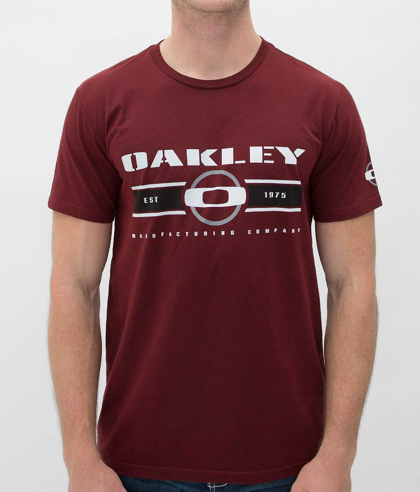 6ad3621cb6155 Oakley Manufacturing T-Shirt - Men s Shirts Tops   Buckle   Fashion ...
