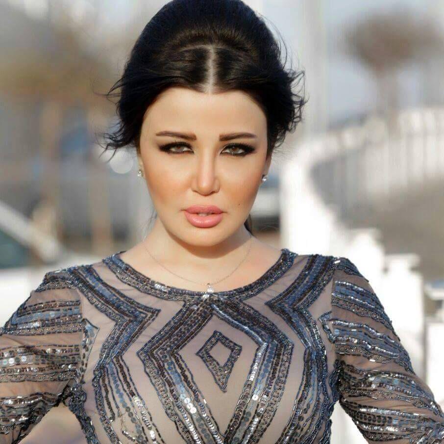 جيهان عبد العظيم تحتفل بزفافها في صمت With Images Military Women Most Beautiful Women Women